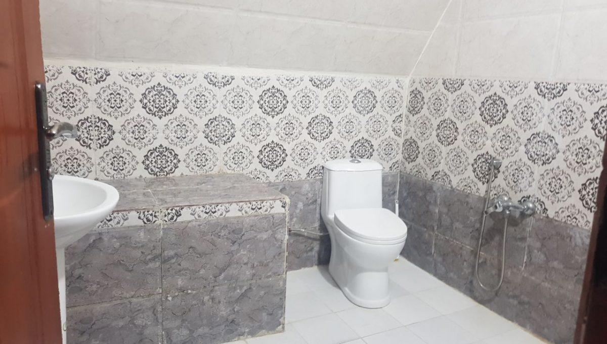 سرویس بهداشتی ویلا استخردار 3خوابه نوشهر